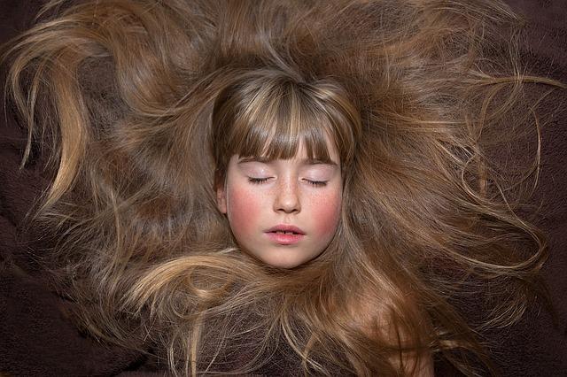 Biohar vám pomôže zastaviť vypadávanie vašich vlasov a vráti im pevnosť a pružnosť