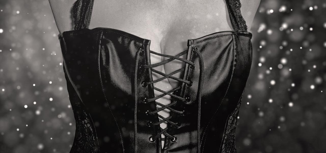 Megaprsia: Ako zväčšiť prsia bez skalpela