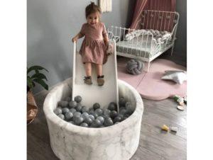 Dekorácie a hračky, ktoré si v detskej izbe nájdu svoje miesto