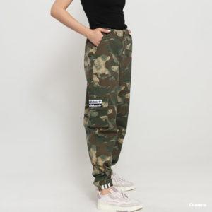 Milé dámy, máte vo svojom šatníku tieto kúsky oblečenia?